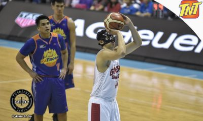 Tiebreaker Times Kevin Ferrer plays innocent after Glen Rice Jr.'s exit: 'Wala naman akong ginagawa' Basketball News PBA  PBA Season 42 Kevin Ferrer Glen Rice Jr. Barangay Ginebra San Miguel 2017 PBA Governors Cup
