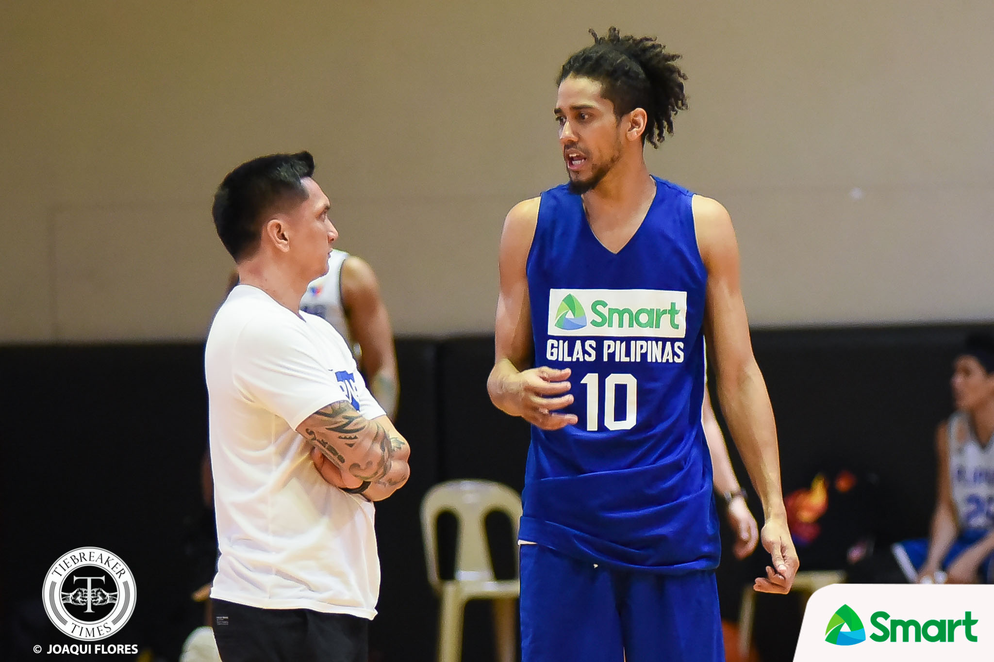 Philippine Sports News - Tiebreaker Times Jimmy Alapag all smiles after Tanduay Alab upends SMART Gilas in tune-up ABL Alab Pilipinas Basketball News  Jimmy Alapag 2017-18 ABL Season