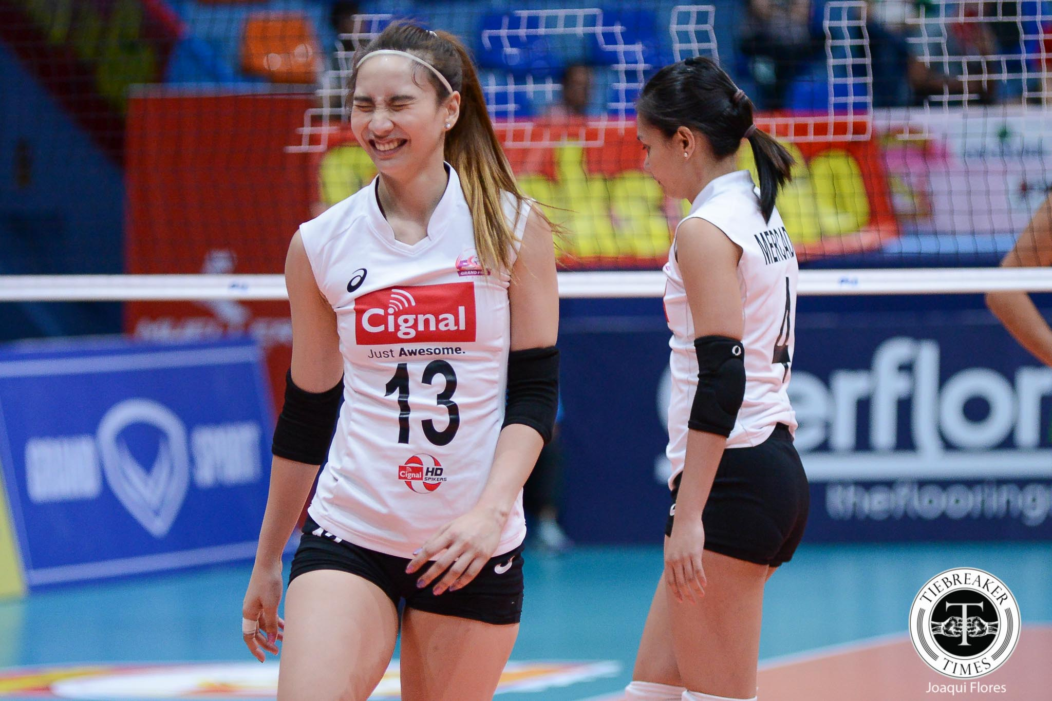 Philippine Sports News - Tiebreaker Times Cignal prevails over Sta. Lucia in battle of limping squads News PSL  Sta. Lucia Lady Realtors Royse Tubino Pam Lastimosa Jheck Dionela Jerry Yee George Pascua Cignal HD Spikers Chie Saet Bohdana Anisova Alexis Matthews 2017 PSL Season 2017 PSL Grand Prix