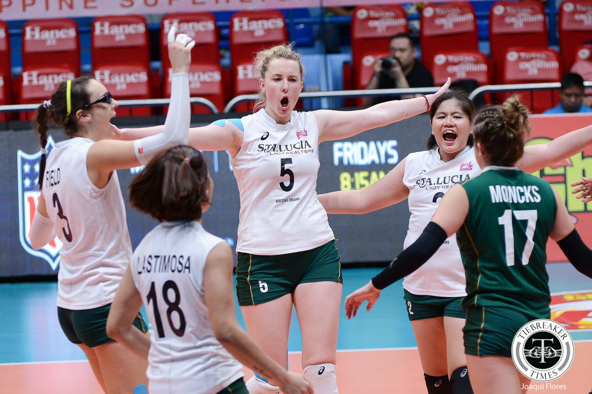 Philippine Sports News - Tiebreaker Times Sta. Lucia comes to life late, rallies past Cocolife News PSL Volleyball  Taylor Milton Tai Manu-Olevao Sta. Lucia Lady Realtors MJ Phillips Marisa Field Kungfu Reyes Kristen Moncks Jerry Yee Djanel Cheng Cocolife Asset Managers Chooks-to-Go Bohdana Anisova 2017 PSL Season 2017 PSL Grand Prix