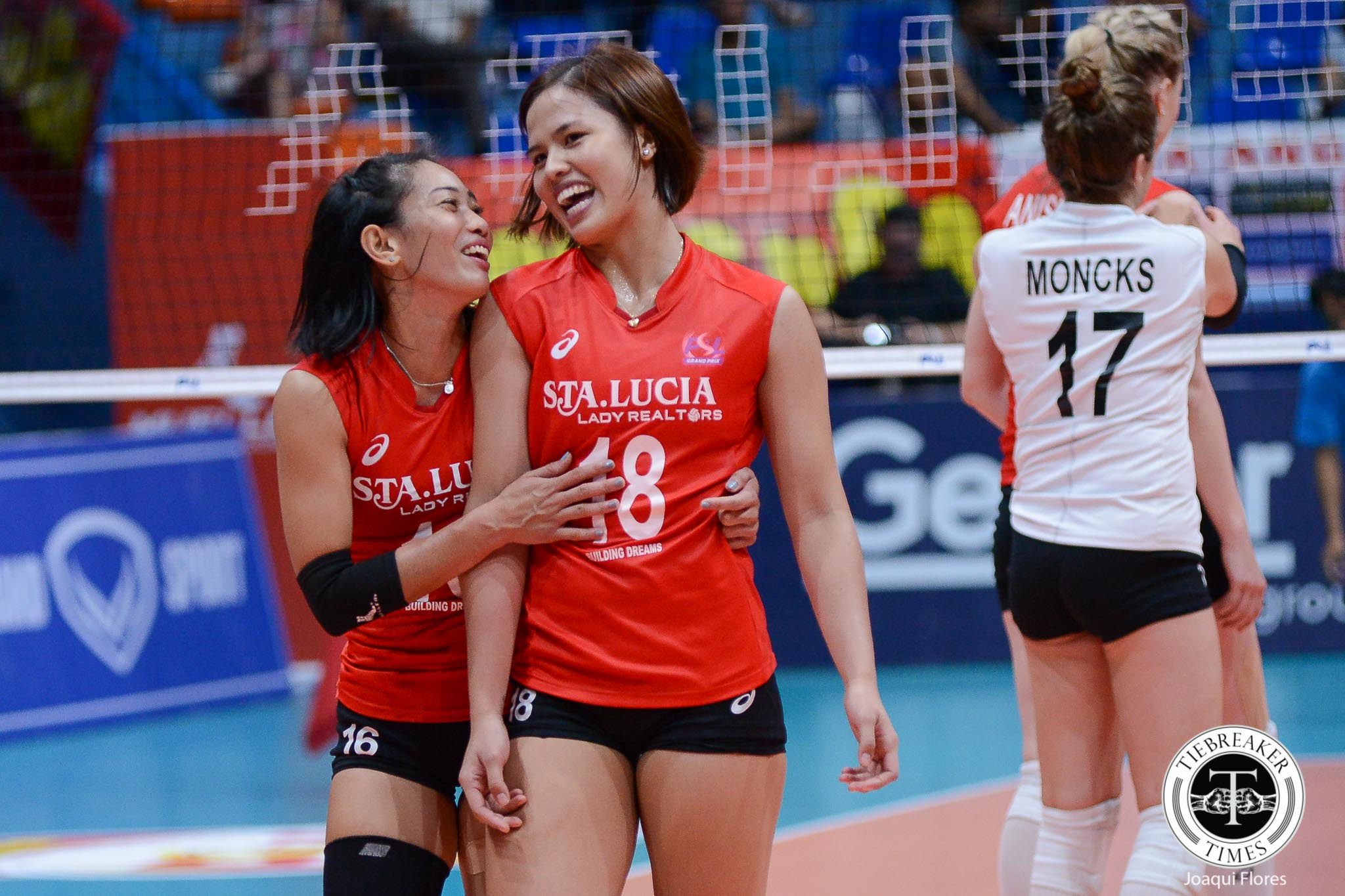 Philippine Sports News - Tiebreaker Times Pam Lastimosa stays with Sta. Lucia News PSL Volleyball  Sta. Lucia Lady Realtors Pam Lastimosa Chooks-to-Go 2018 PSL Season 2018 PSL Grand Prix