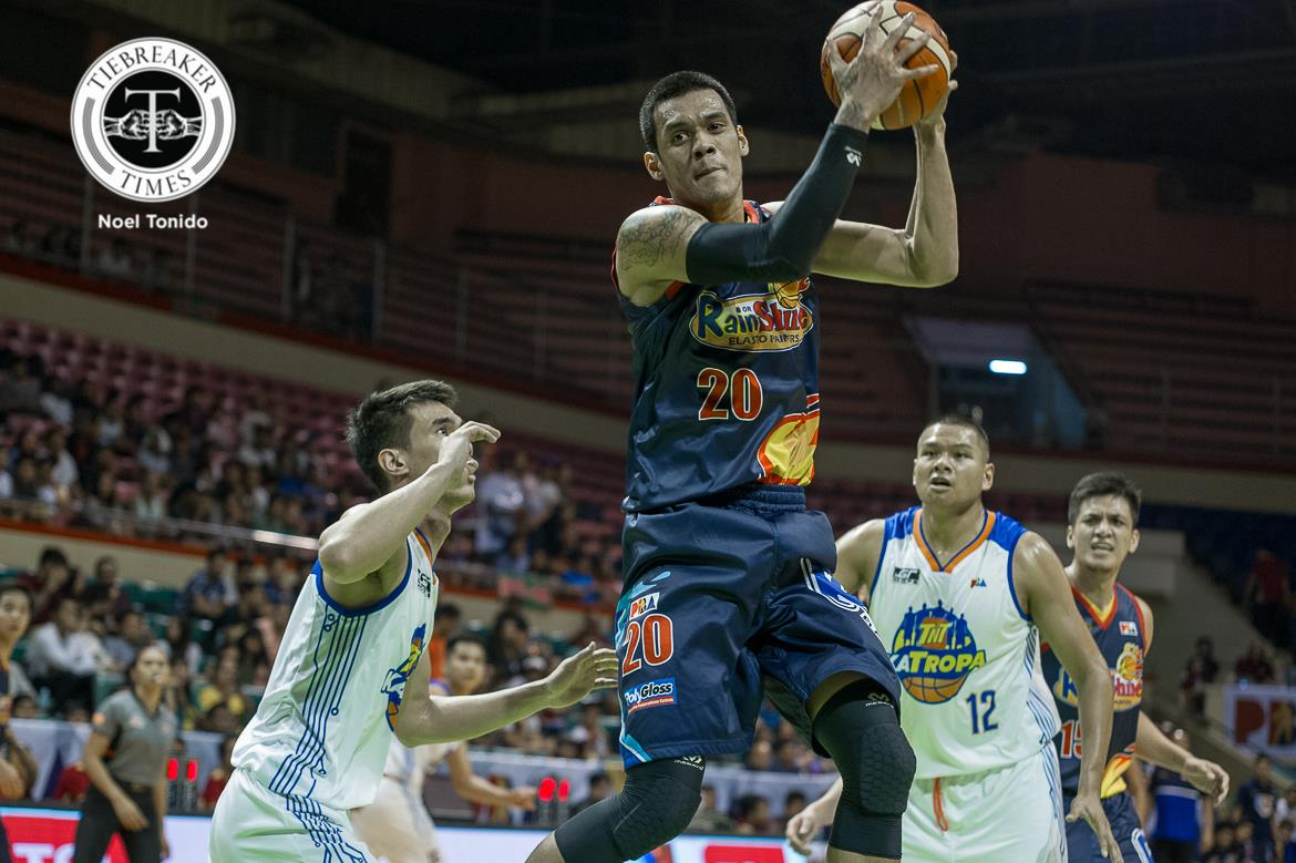 Philippine Sports News - Tiebreaker Times Jayson Castro left baffled after stats-superior TNT drops opener to Rain or Shine Basketball News PBA  TNT Katropa PBA Season 43 Jayson Castro 2017-18 PBA Philippine Cup