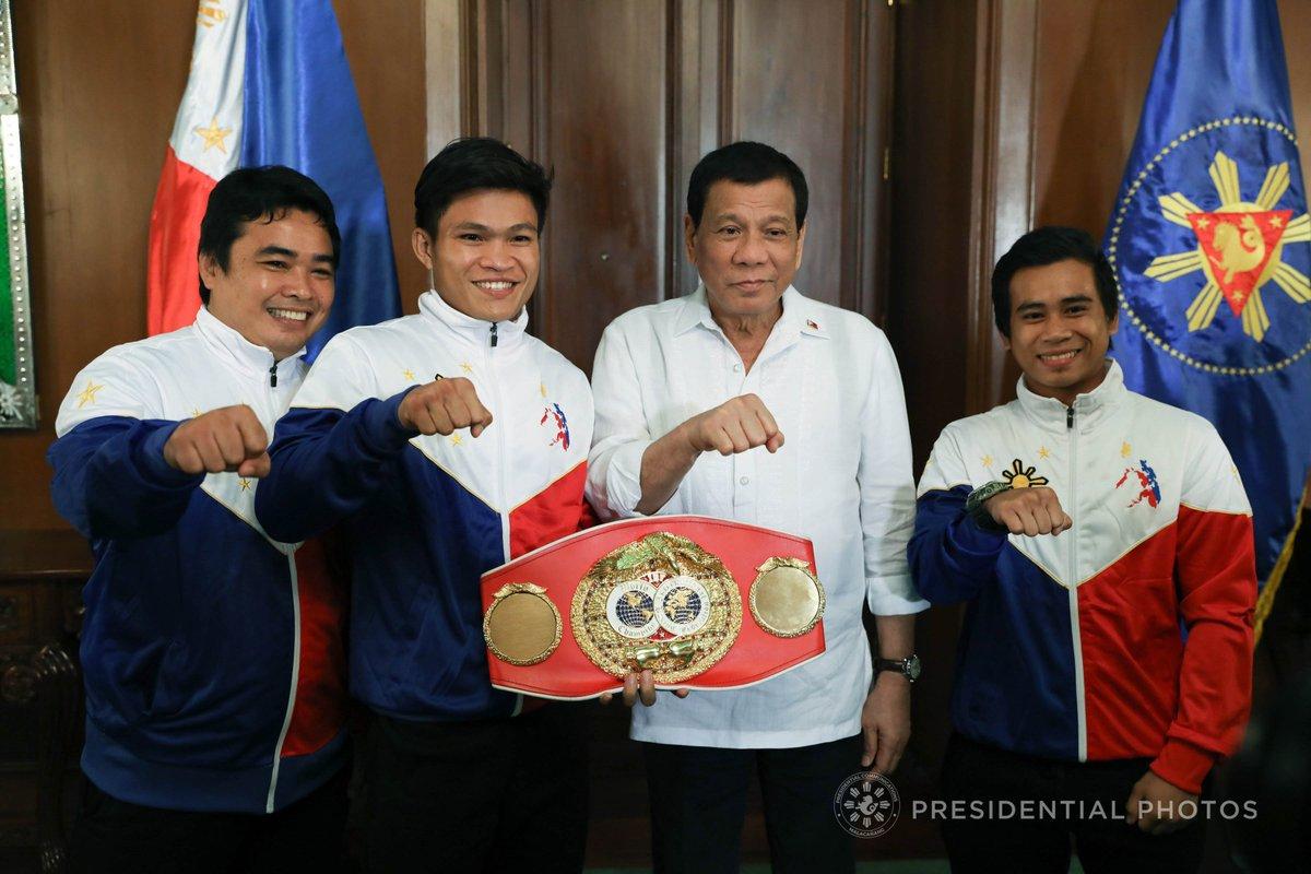 Tiebreaker Times Bob Arum sees Jerwin Ancajas as the 'next Manny Pacquiao' Boxing News  Top Rank Promotions Mark Anthony Barriga Joven Jimenez Jerwin Ancajas Bob Arum