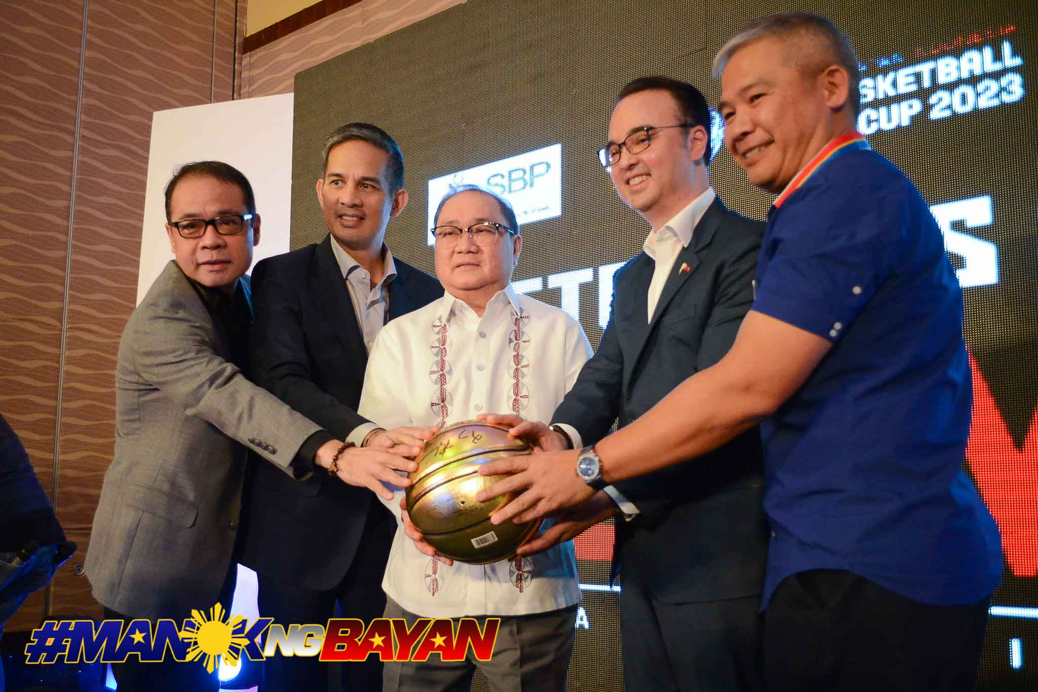 Philippine Sports News - Tiebreaker Times Alan Cayetano, Robbie Puno hope club teams set aside personal interests Basketball Gilas Pilipinas News  Samahang Basketbol ng Pilipinas Robbie Puno Peter Cayetano 2023 FIBA World Cup