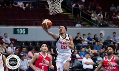 Tiebreaker Times No more baggage for Calvin Abueva as Alaska zaps Phoenix for fifth straight win Basketball News PBA  Vic Manuel Simon Enciso Phoenix Fuel Masters PBA Season 43 Noy Baclao Matthew Wright Louie Alas Jeff Chan Jason Perkins Chris Banchero Calvin Abueva Alex Compton Alaska Aces 2017-18 PBA Philippine Cup