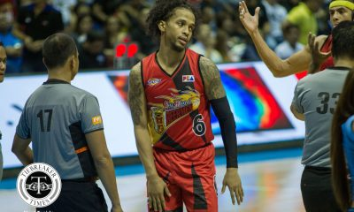 Tiebreaker Times PBA explains controversial call during Ginebra-San Miguel tilt Basketball News PBA  San Miguel Beermen PBA Season 43 Eric Castro Chris Ross Barangay Ginebra San Miguel 2017-18 PBA Philippine Cup