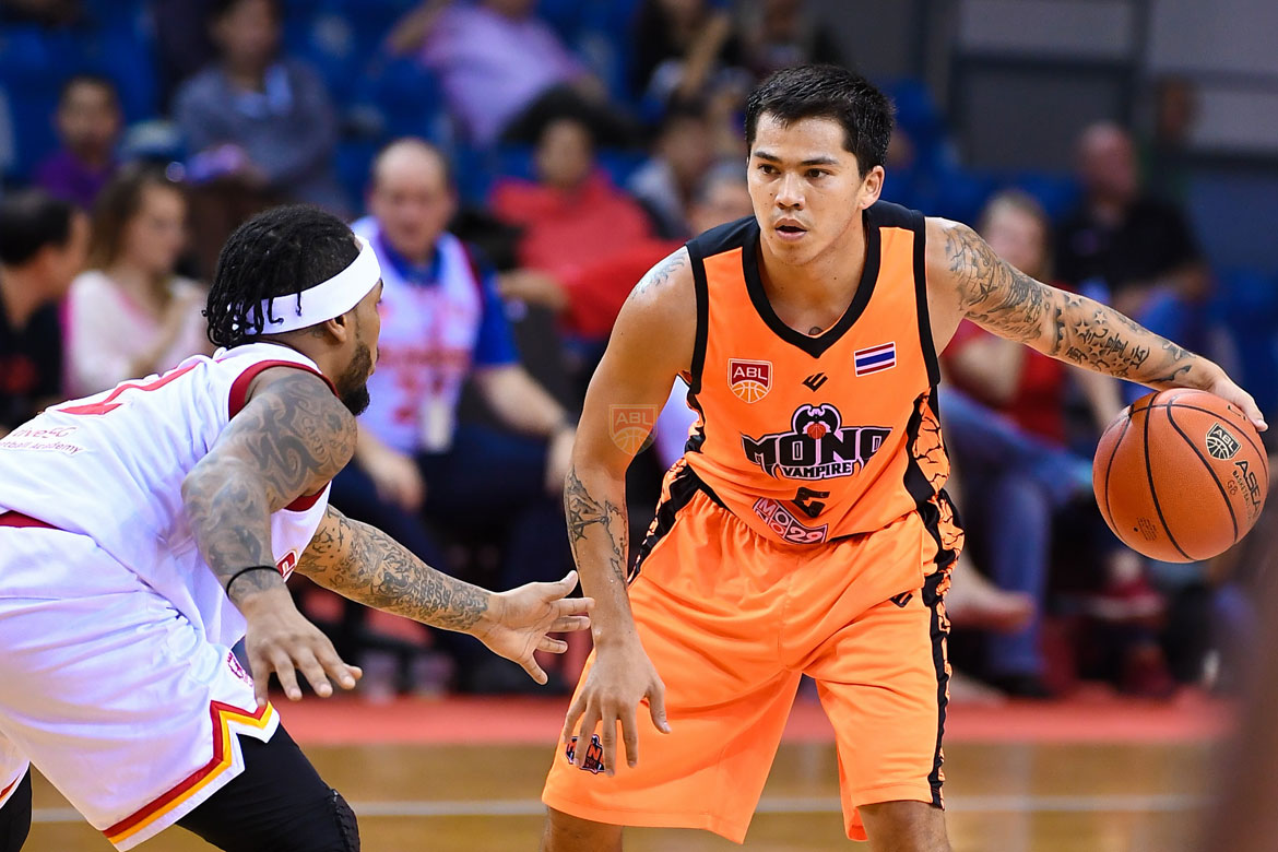 Tiebreaker Times Jimmy Alapag admits he's a fan of Jason Brickman: 'He'd be one of the best point guards in the PBA' ABL Alab Pilipinas Basketball News  Mono Vampire Jimmy Alapag Jason Brickman 2017-18 ABL Season