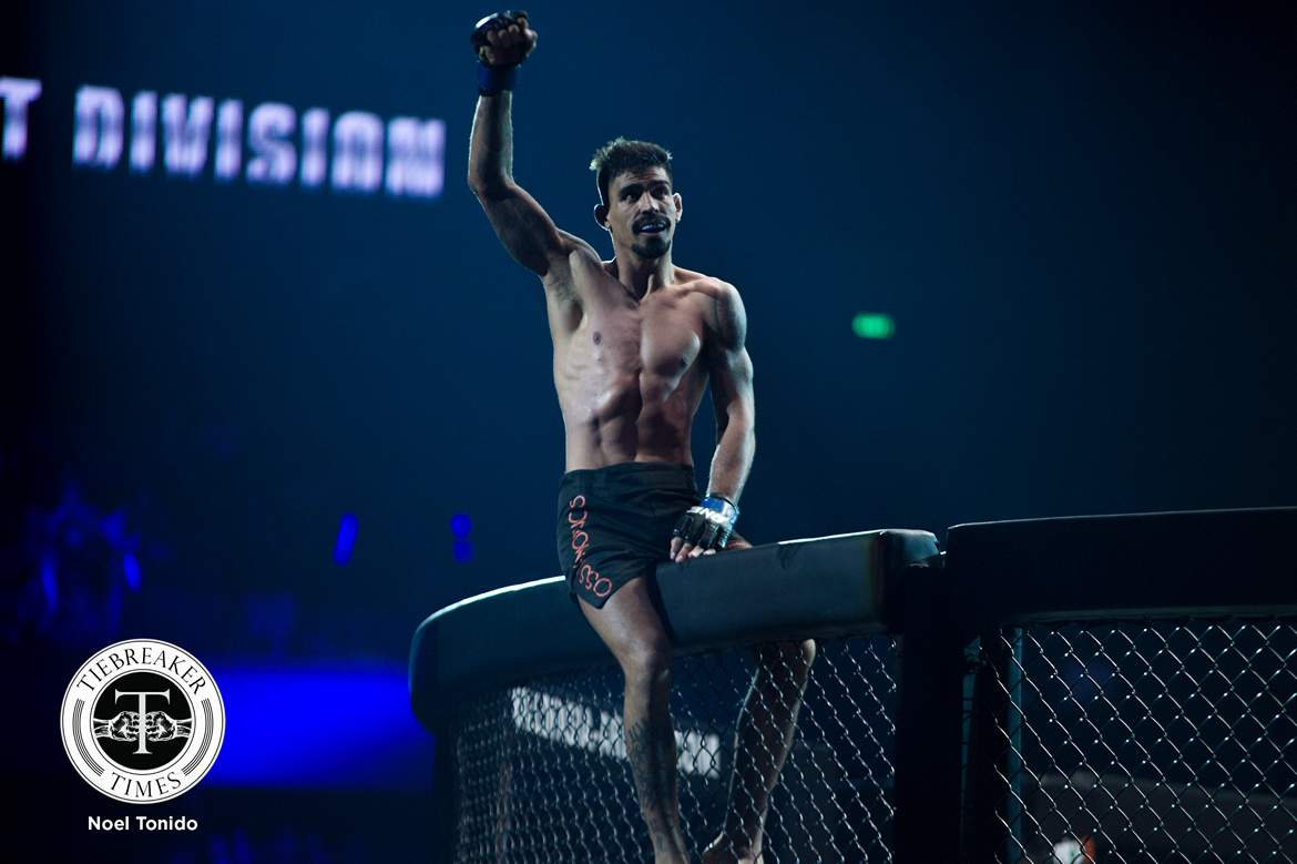 Tiebreaker Times Eric Kelly taps to Rafael Nunes, suffers fourth straight loss Mixed Martial Arts News ONE Championship  Yago Bryan Sotir Kichukov Sam-a Gaiyanghadao Rafael Nunes ONE: Global Heroes Ma Hao Bin Joseph Lasiri Hayato Suzuki Eric Kelly Emilio Urrutia Bruni Pucci