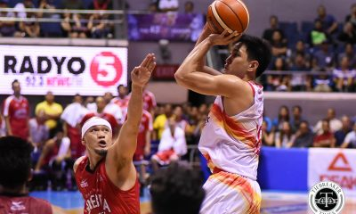 Tiebreaker Times Phoenix survives major Ginebra scare to return to win column Basketball News PBA  Willie Wilson Tim Cone Scottie Thompson Phoenix Fuel Masters PBA Season 43 Matthew Wright Louie Alas LA Tenorio Kevin Ferrer Jeff Chan Jason Perkins Japeth Aguilar Barangay Ginebra San Miguel 2017-18 PBA Philippine Cup
