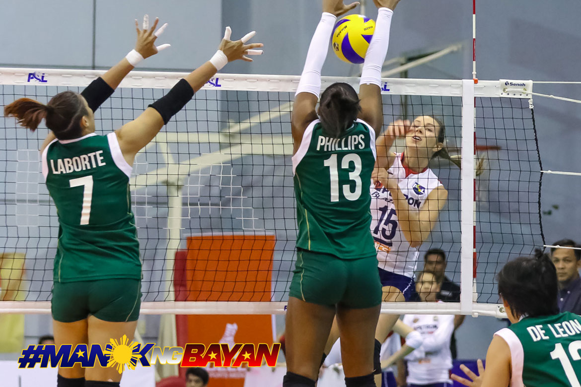 Tiebreaker Times Lindsay Stalzer, Petron begin redemption campaign with Sta. Lucia whipping News PSL Volleyball  Yuri Fukuda Sta. Lucia Lady Realtors Shaq delos Santos Rhea Dimaculangan Petron Blaze Spikers MJ Phillips Lindsay Stalzer Hillary Hurley Eddieson Orcullo Anisova Bohdana 2018 PSL Season 2018 PSL Grand Prix