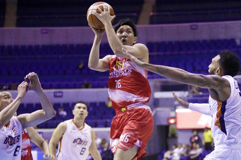Tiebreaker Times Jeff Chan laments Phoenix's miscue in final play Basketball News PBA  Phoenix Fuel Masters PBA Season 43 Louie Alas Jeff Chan 2017-18 PBA Philippine Cup