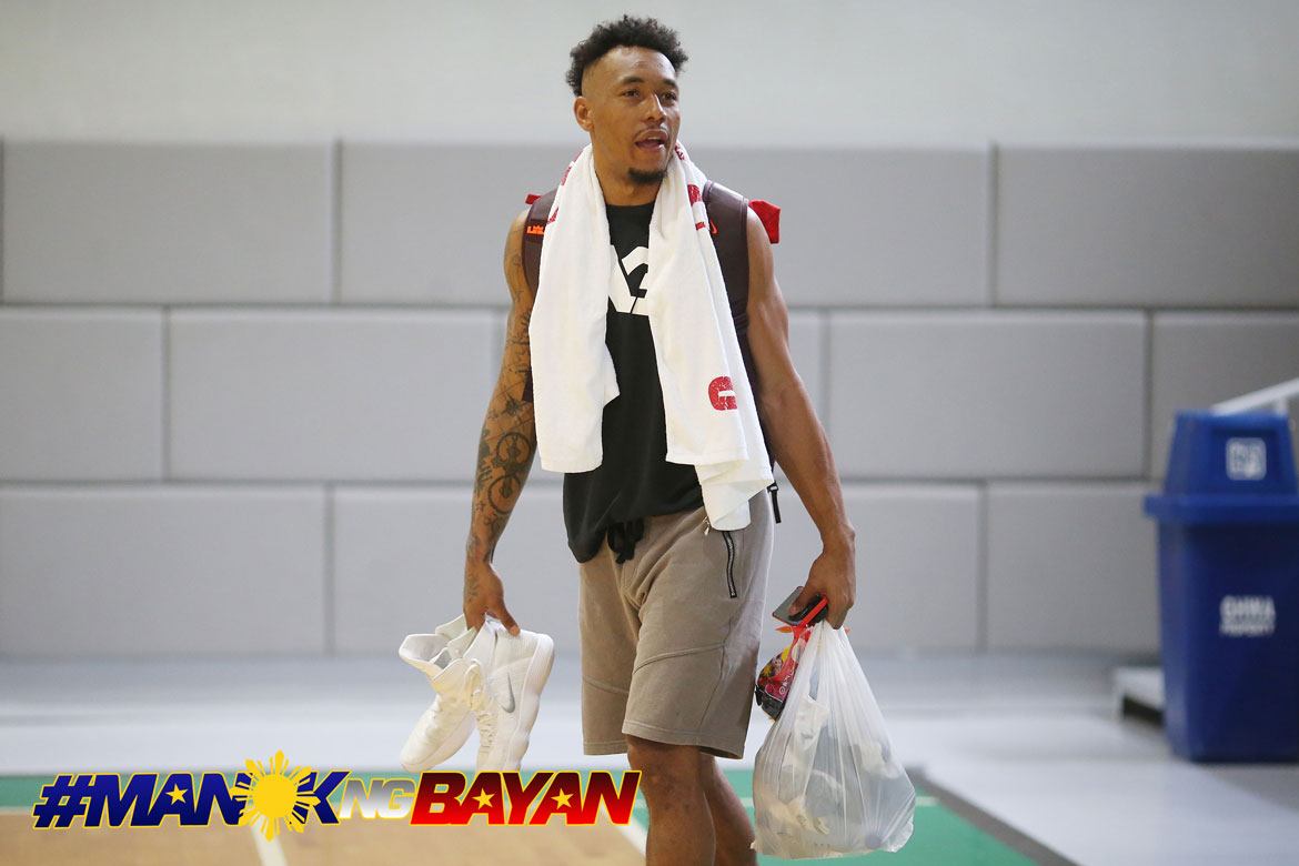 Philippine Sports News - Tiebreaker Times Despite removal from pool, Calvin Abueva continues to perform Gilas duties 2019 FIBA World Cup Qualifiers Basketball Gilas Pilipinas News  Chot Reyes Calvin Abueva 2019 FIBA World Cup Qualifiers Group B 2019 FIBA World Cup Qualifiers