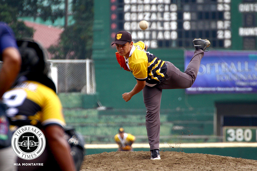 Tiebreaker Times Jackson Acuna, UST hold off UP for second win Baseball News UAAP UP UST  UST Golden Sox UP Baseball UAAP Season 80 Baseball UAAP Season 80 Roque Banzon Marlon Gonzales Juan Cuenco Jeffrey Santiago Jackson Acuna Gabby Yang Anthony Dizer