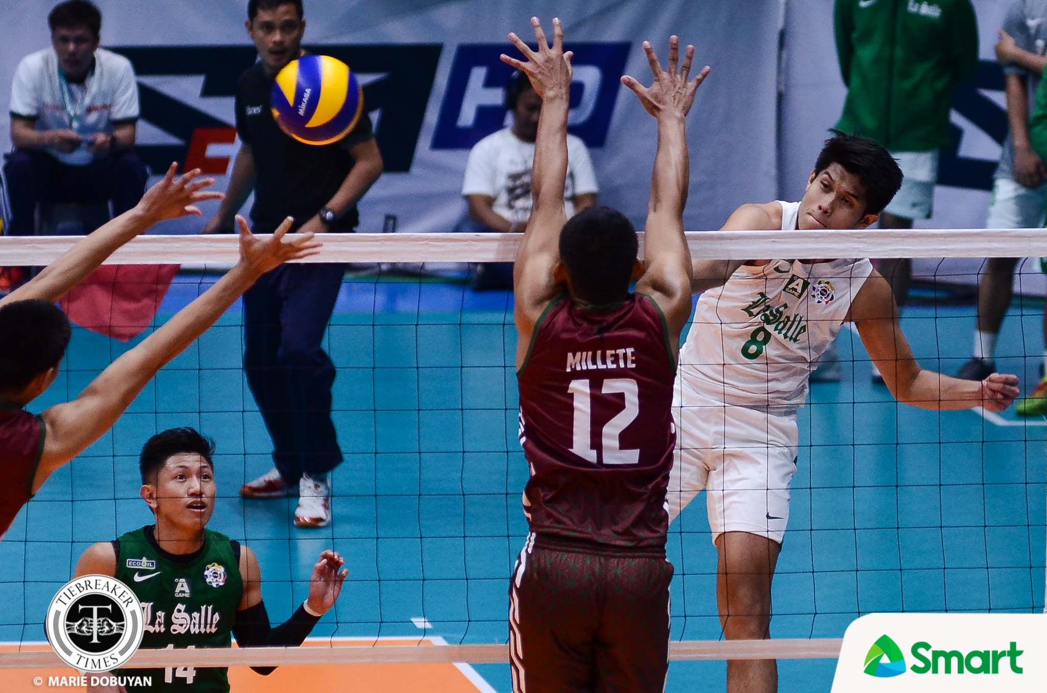 Tiebreaker Times Green Spikers squeak past Maroons, earn first win DLSU News UAAP UP Volleyball  Wendel Miguel Wayne Marco UP Men's Volleyball UAAP Season 80 Men's Volleyball UAAP Season 80 Raymark Woo Norman Miguel Mark Millete Jopet Movido Hans Chuacuco DLSU Men's Volleyball Arjay Onia