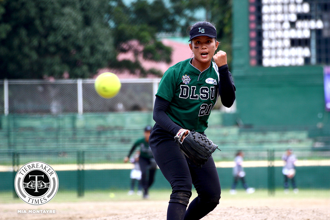 Tiebreaker Times La Salle takes advantage of late UE errors for bounce back win DLSU News Softball UAAP UE  UE Softball UAAP Season 80 Softball UAAP Season 80 Roselle Dela Rosa Lovely Redaja Joseph Orillana Jamica Arribas Imee Salvador Edzel Bacarisas DLSU Softball