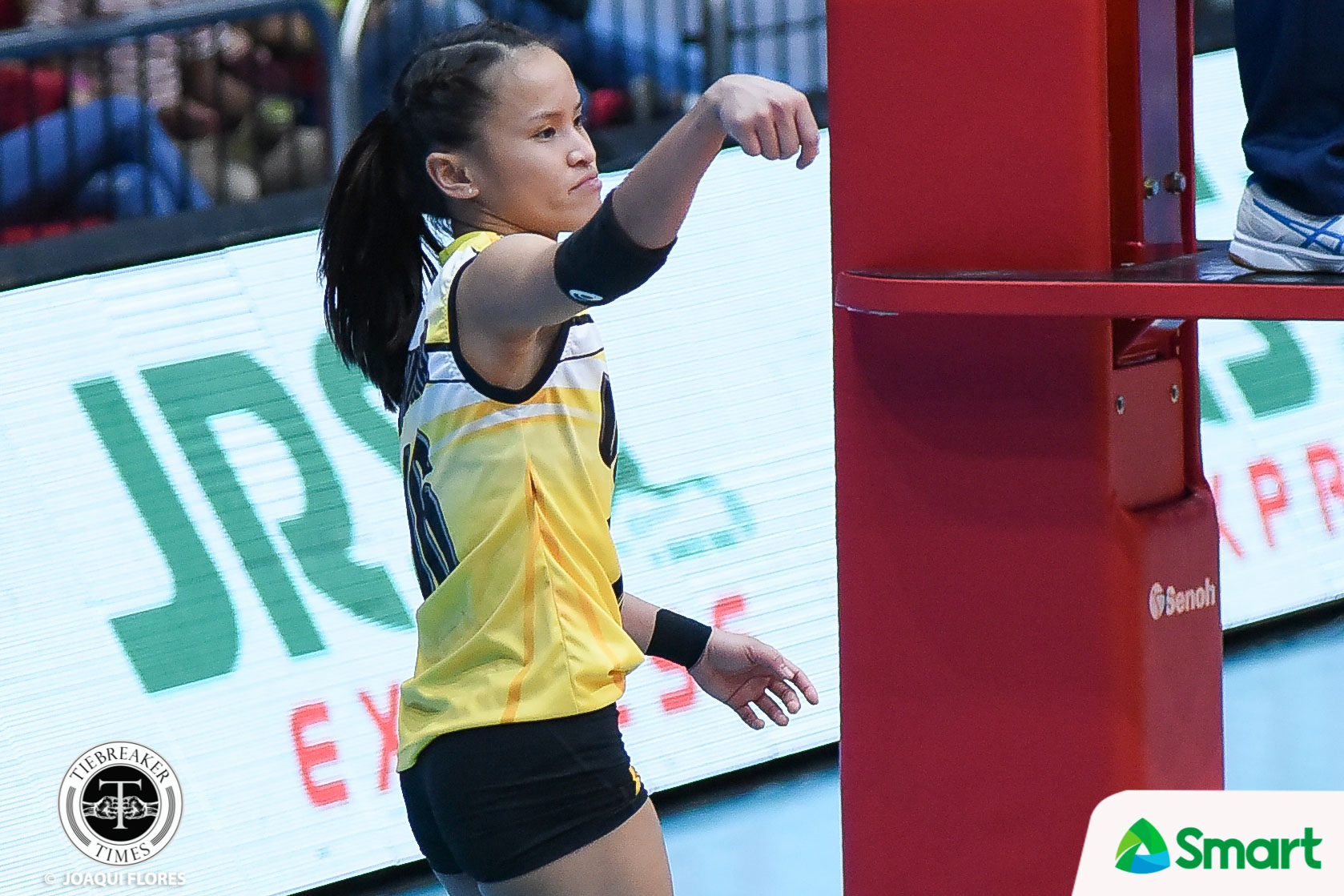 Tiebreaker Times Scorching-hot Cherry Rondina wants to share scoring load News UAAP UST Volleyball  UST Women's Volleyball UAAP Season 80 Women's Volleyball UAAP Season 80 Kungfu Reyes Cherry Rondina
