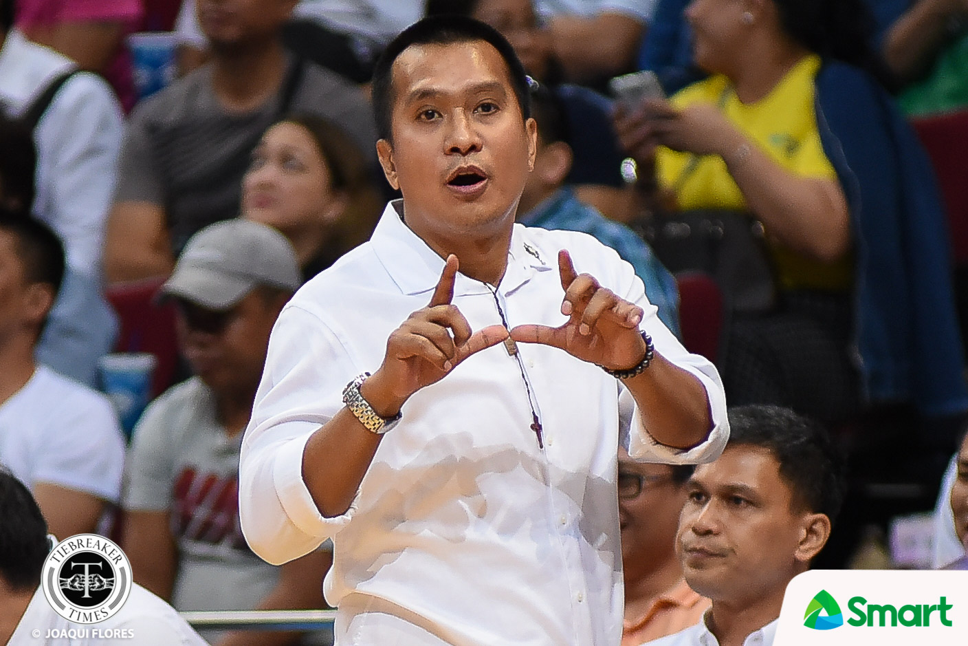 Tiebreaker Times Chito Victolero rues Alex Compton's Game 2 comments as it swayed refs in Game 3 Basketball News PBA  PBA Season 43 Magnolia Hotshots Chito Victolero 2018 PBA Governors Cup