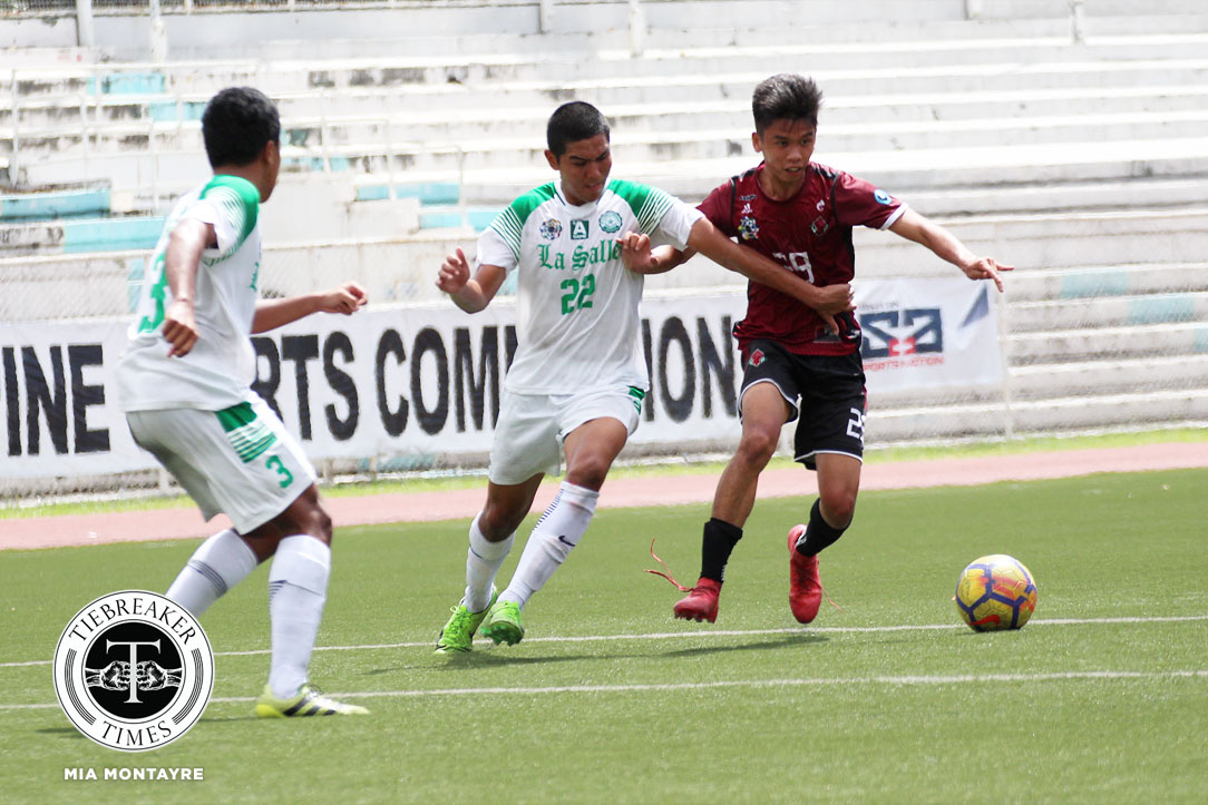 Tiebreaker Times Semis-bound Fighting Maroons outlast Green Booters to remain unscathed DLSU Football News UAAP UP  UP Men's Football UAAP Season 80 Men's Football UAAP Season 80 Paeng De Guzman Harel Dayan Hans-Peter Smit Fidel Tacardon DLSU Men's Football Daniel Saavedra Anto Gonzales
