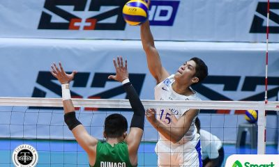 Philippine Sports News - Tiebreaker Times Blue Eagles extend streak to seven, quell Green Spikers ADMU DLSU News UAAP Volleyball  UAAP Season 80 Men's Volleyball UAAP Season 80 Raymark Woo Oliver Almadro Norman Miguel Marck Espejo Manuel Sumanguid Karl Baysa Ish Polvorosa DLSU Men's Volleyball Ateneo Men's Volleyball Arjay Onia