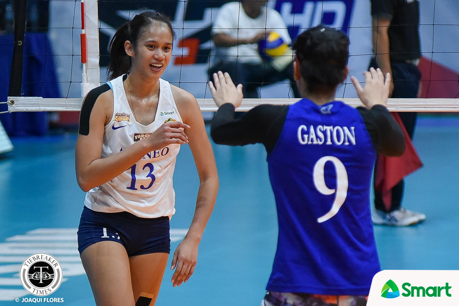 Tiebreaker Times Oliver Almadro leaves arms open for Jho Maraguinot ADMU News UAAP Volleyball  UAAP Season 82 Women's Volleyball UAAP Season 82 Oliver Almadro Jho Maraguinot Ateneo Women's Volleyball