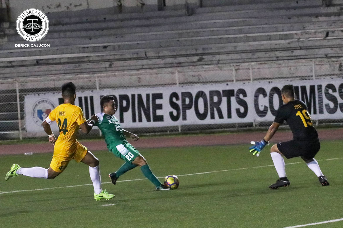 UAAP-Season-80-Men's-Football—DLSU-def-FEU—Bernaldez