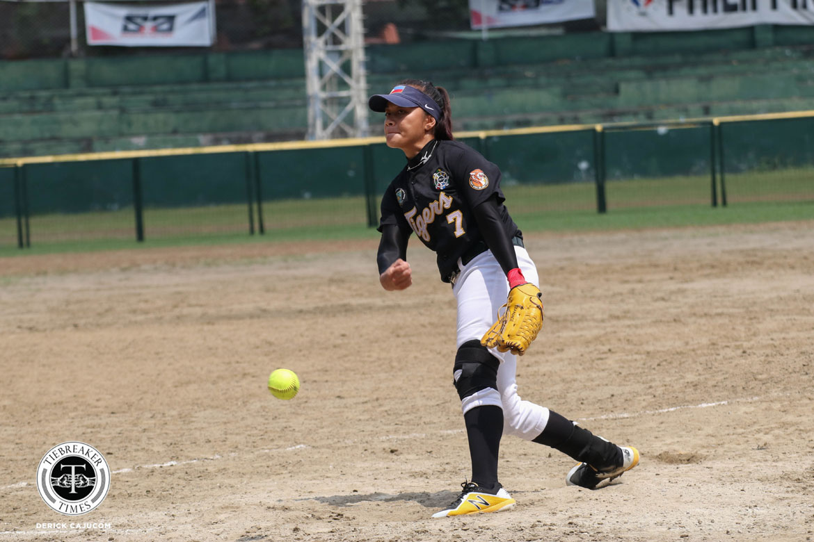 Tiebreaker Times Ann Antolihao overcomes fear, steers UST to series lead AdU News Softball UAAP  UST Softball UAAP Season 80 Softball UAAP Season 80 Sandy Barredo Ann Antolihao Ana Santiago
