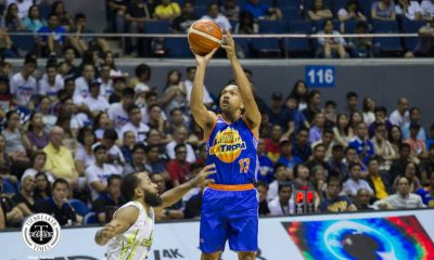 Philippine Sports News - Tiebreaker Times Just like what Jimmy Alapag did to him, Jayson Castro mentors Terrence Romeo Basketball News PBA  Terrence Romeo PBA Season 43 Jimmy Alapag Jayson Castro 2018 PBA Commissioners Cup