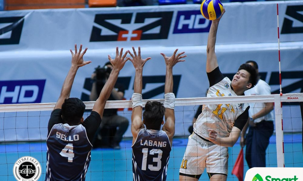 Philippine Sports News - Tiebreaker Times Tiger Spikers squeeze into Final Four, outlast Soaring Falcons AdU News UAAP UST Volleyball  UST Men's Volleyball UAAP Season 80 Men's Volleyball UAAP Season 80 Timothy Tajanlangit Rence Melgar Odjie Mamon Lester Sawal JP Yude Joshua Umandal Domingo Custodio Arnold Bautista Adamson Men's Volleyball