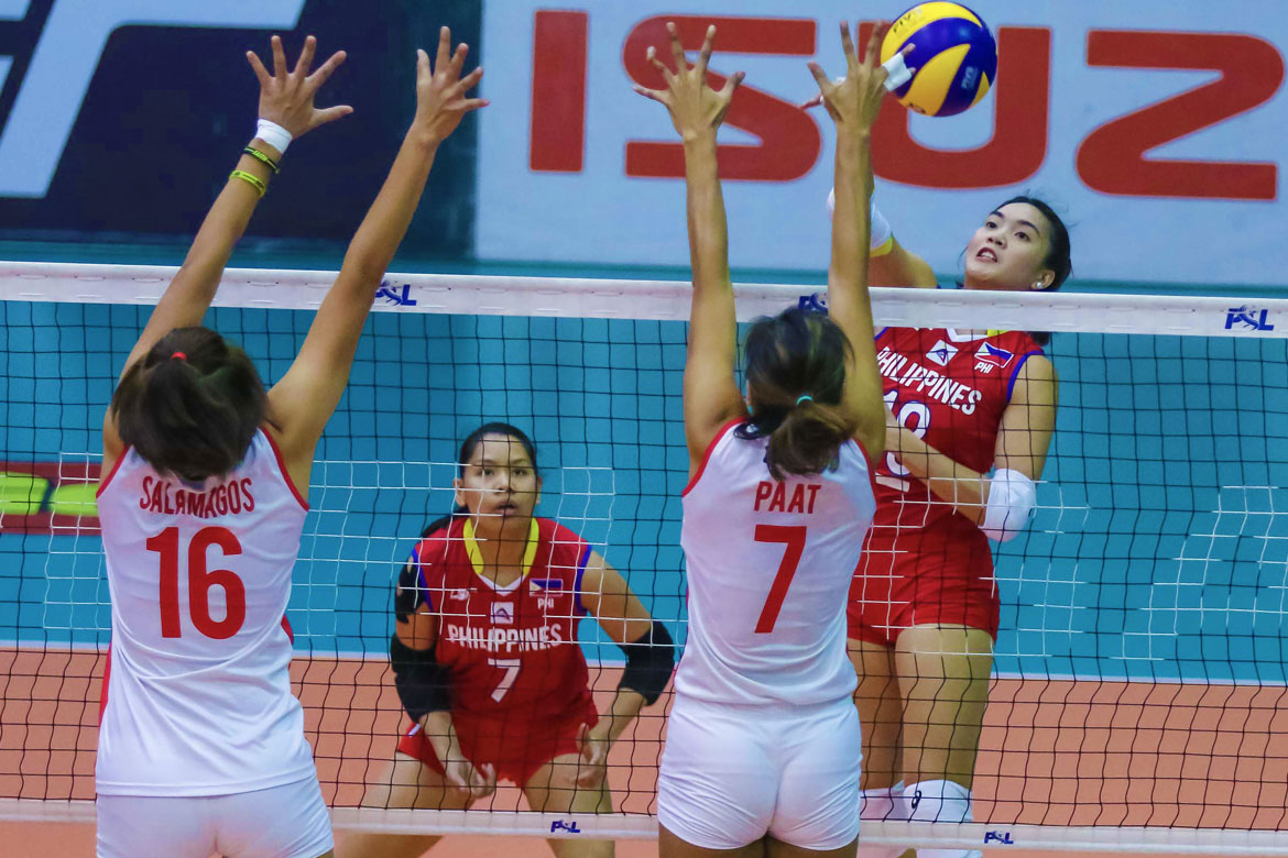 Tiebreaker Times 8-strong National Team topples Cignal HD News PSL Volleyball  Shaq delos Santos Rachel Daquis Philippine Women's National Volleyball Team Mylene Paat Kim Fajardo Edgar Barroga Dawn Macandili Cignal HD Spikers Aby Marano 2018 PSL Season 2018 PSL Invitational Cup