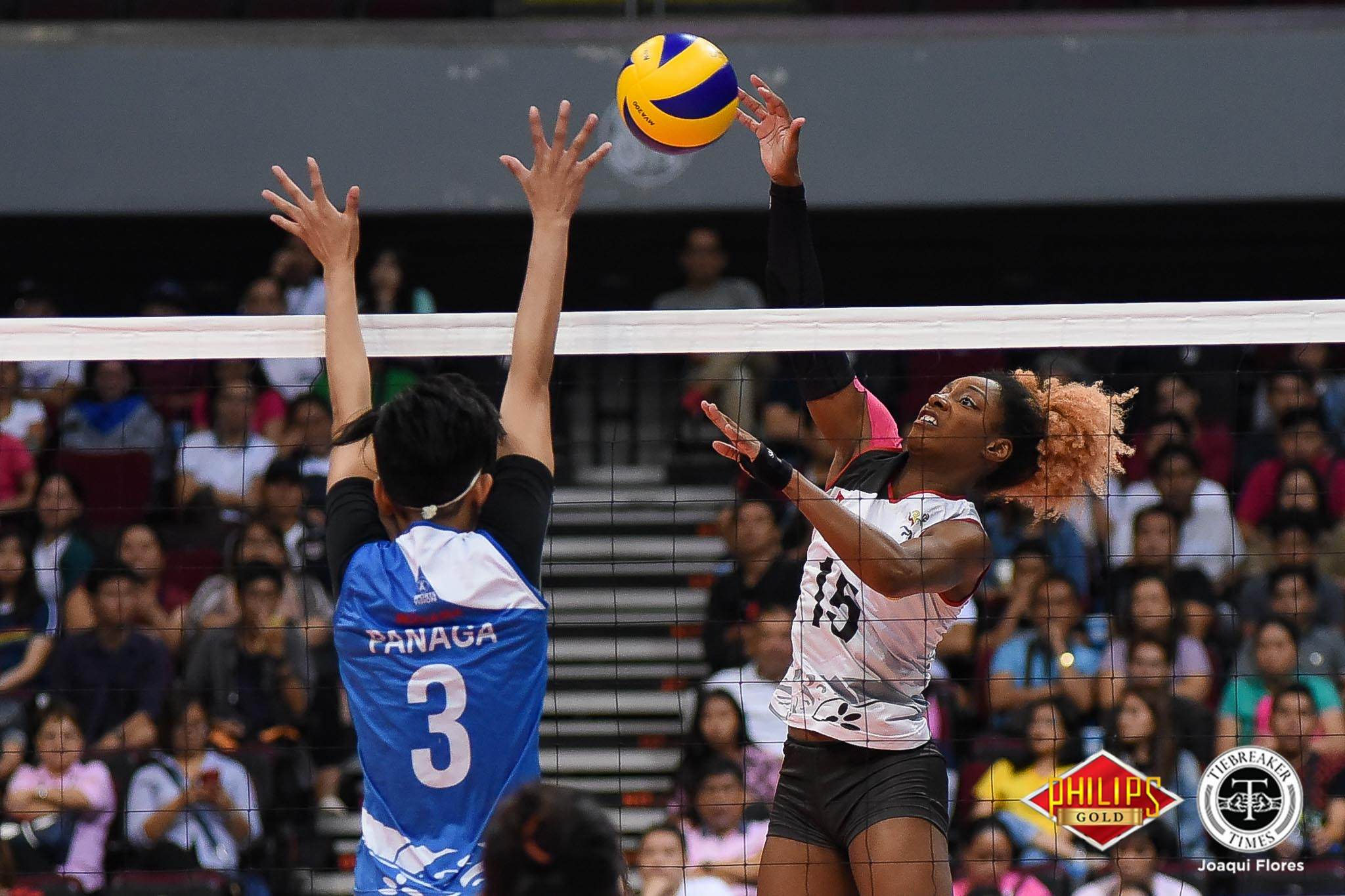 Tiebreaker Times BanKo extends bronze series, slams Pocari Sweat-Air Force News PVL Volleyball  Pocari Sweat-Air Force Lady Warriors Perlas Lady Spikers Maddie Palmer Kia Bright Jutarat Montripilia Jem Ferrer Jasper Jimenez Ella De Jesus Dong dela Cruz Arielle Love 2018 PVL Women's Reinforced Conference 2018 PVL Season