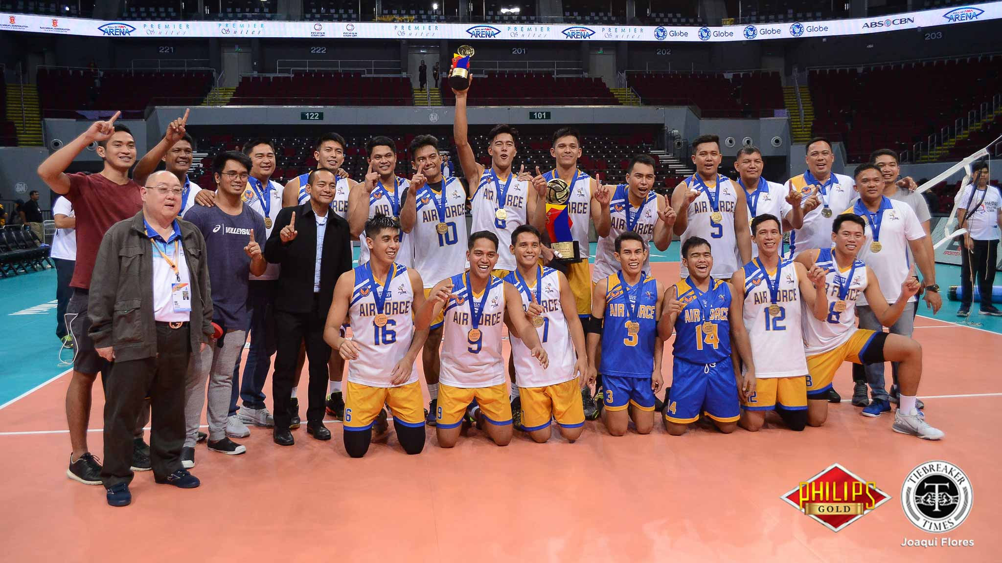 Tiebreaker Times Air Force finally overcomes Cignal News PVL Volleyball  Wendel Miguel Vice Co. Blockbusters Ricky Marcos RanRan Abdilla PLDT Home Fibr Ultra Fast Hitters Mark Espejo Jessie Lopez Cignal HD Spikers Bryan Bagunas Air Force Jet Spikers 2018 PVL Women's Reinforced Conference 2018 PVL Season