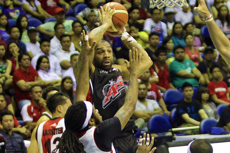 Tiebreaker Times Romeo Travis set to reinforce Hotshots Basketball News PBA  Romeo Travis PBA Season 43 Magnolia Hotshots 2018 PBA Governors Cup