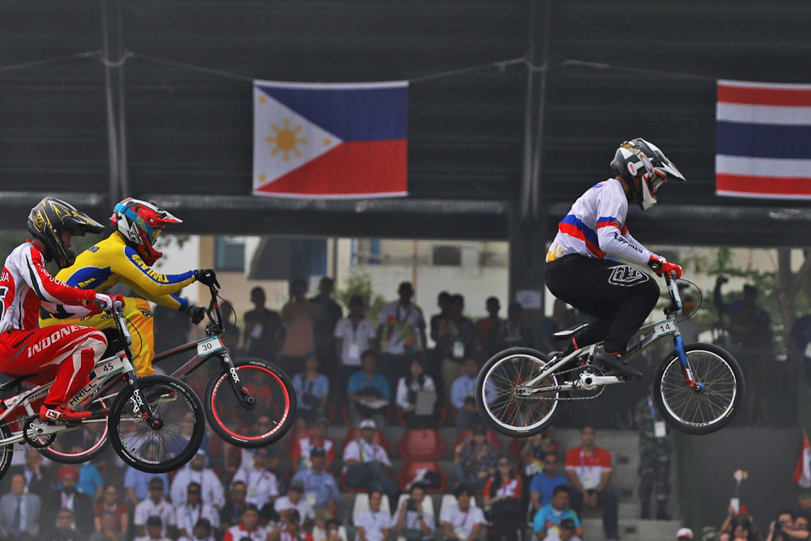 2018-asian-games-cycling-daniel-caluag I Love the 2010s: Best Athletes of the Decade Boxing Chess Cycling Football Gymnastics Mixed Martial Arts News ONE Championship Philippine Azkals Table Tennis Track & Field Weightlifting  - philippine sports news