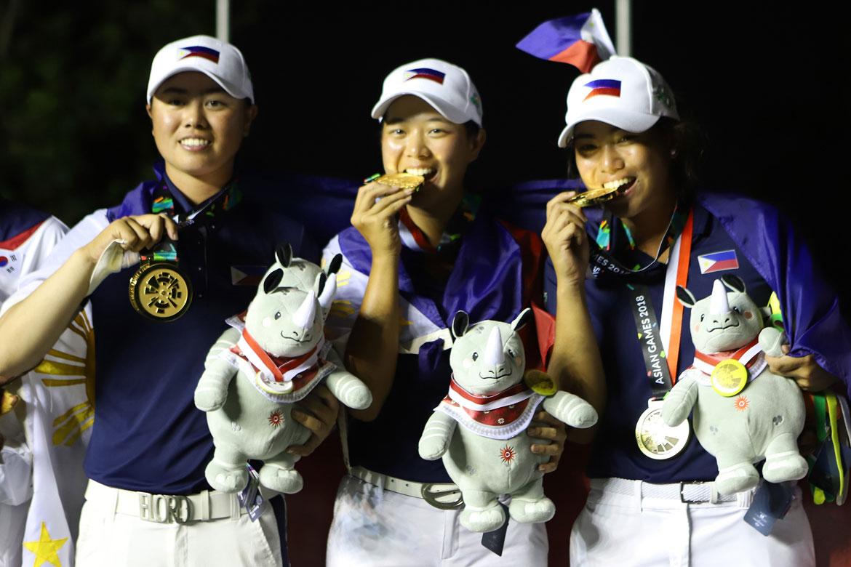 Tiebreaker Times Golf's golden girls donates incentives to keep amateur status Golf News  Yuka Saso Lois Kaye Go Bianca Pagdanganan 2018 Asian Games-Golf 2018 Asian Games