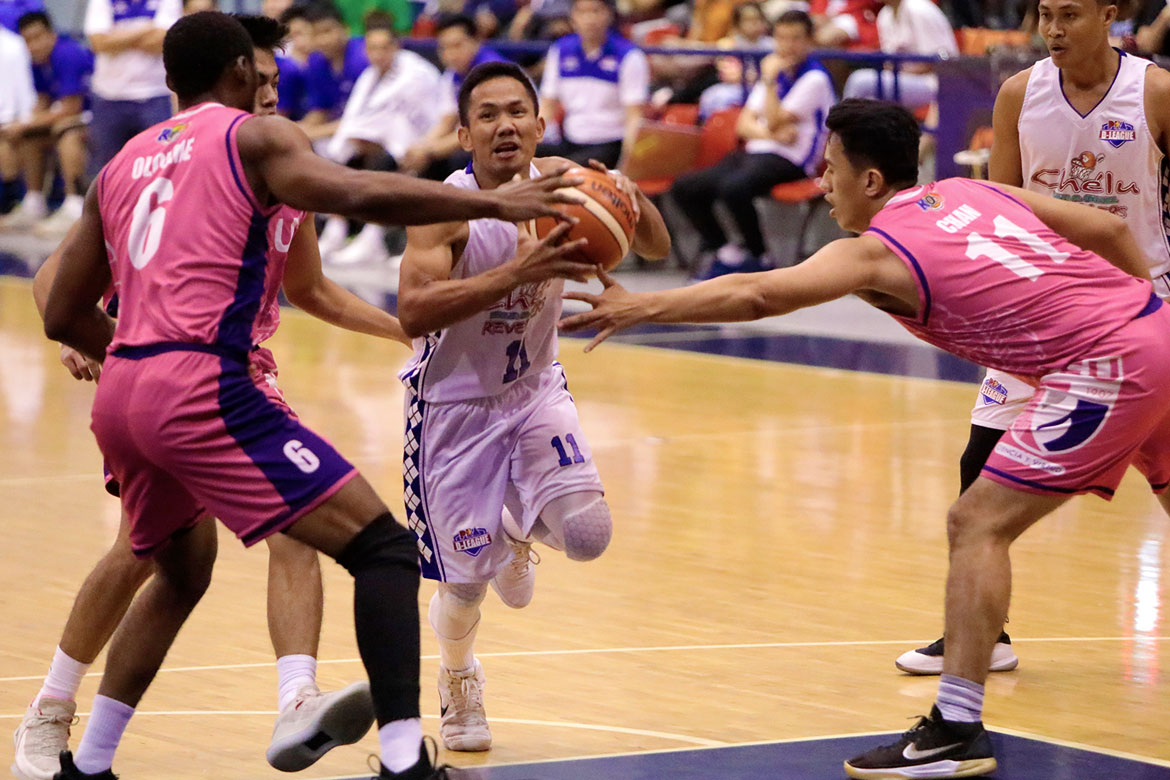 Tiebreaker Times Jeff Viernes steers Che'Lu's comeback trip to the Finals Basketball News PBA D-League  Stevenson Tiu Orlan Wamar Levi Hernandez Judel Fuentes Jessie Collado Jeff Viernes Go-for-Gold Scratchers Edzel Roxas Derrick Pumaren Che'Lu Revellers 2018 PBA D-League Season 2018 PBA D-League Foundation Cup