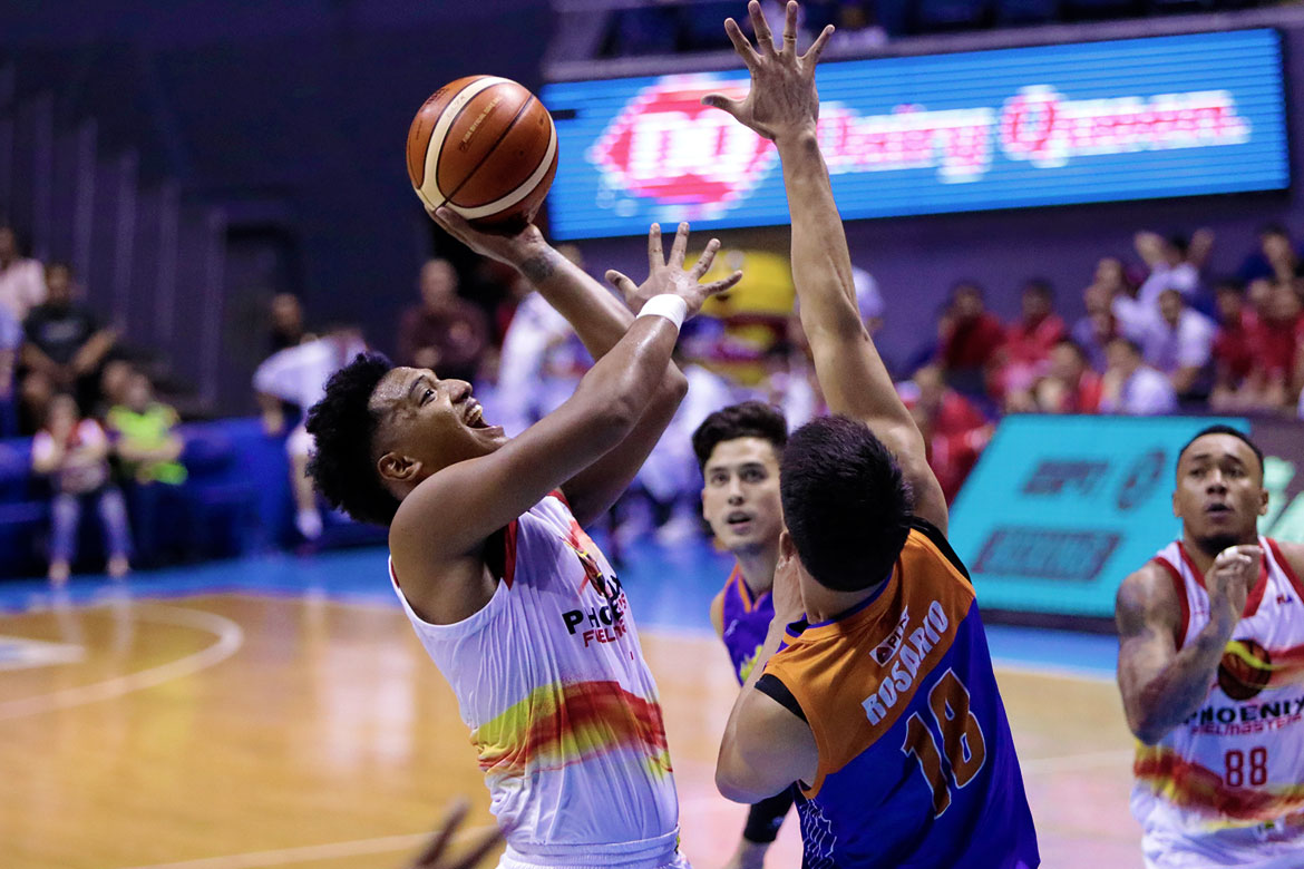 Tiebreaker Times Phoenix returns to win column, pummels TNT by 30 Basketball News PBA  TNT Katropa Stacy Davis Phoenix Fuel Masters PBA Season 43 Nash Racela Matthew Wright Louie Alas Jericho Cruz Jason Perkins Eugene Phelps Alfrancis Tamsi 2018 PBA Governors Cup