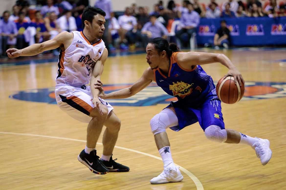 Tiebreaker Times Terrence Romeo flirts with triple-double as all-Filipino TNT defuses Meralco Basketball News PBA  Troy Rosario TNT Katropa Terrence Romeo Roger Pogoy PBA Season 43 Norman Black Nash Racela Merakco Bolts Jayson Castro Baser Amer Allen Durhan 2018 PBA Governors Cup