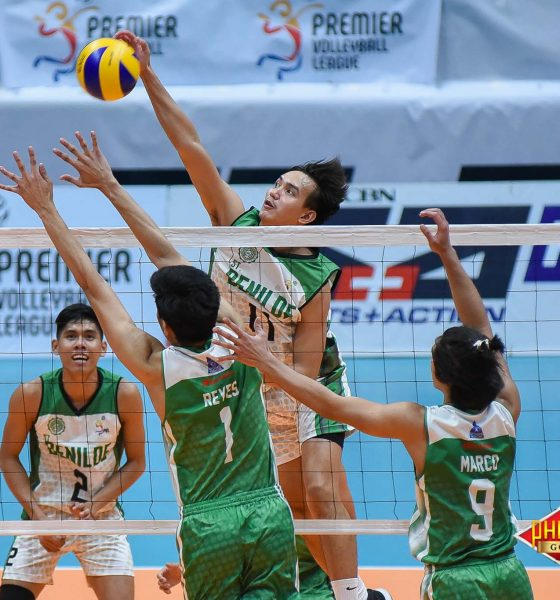 Tiebreaker Times Blazers edge Green Spikers in battle of La Salle schools CSB DLSU News PVL Volleyball  Vince Abrot Saint Benilde Men's Volleyball Roniey Adviento Norman Miguel Kevin Magsino Gerian Bacon DLSU Men's Volleyball Cris Dumago Arnold Laniog Ajian Dy 2018 PVL Season 2018 PVL Men's Collegiate Conference