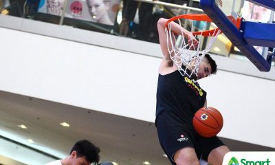 Tiebreaker Times Kobe Paras outlasts David Carlos to take Slam Dunk crown 1-on-1 ADMU AdU DLSU FEU News NU UAAP UP UST  UAAP Season 81 Last One Standing UAAP Season 81 Soulemane Chabi Yo Kobe Paras David Carlos Daniel Chatman