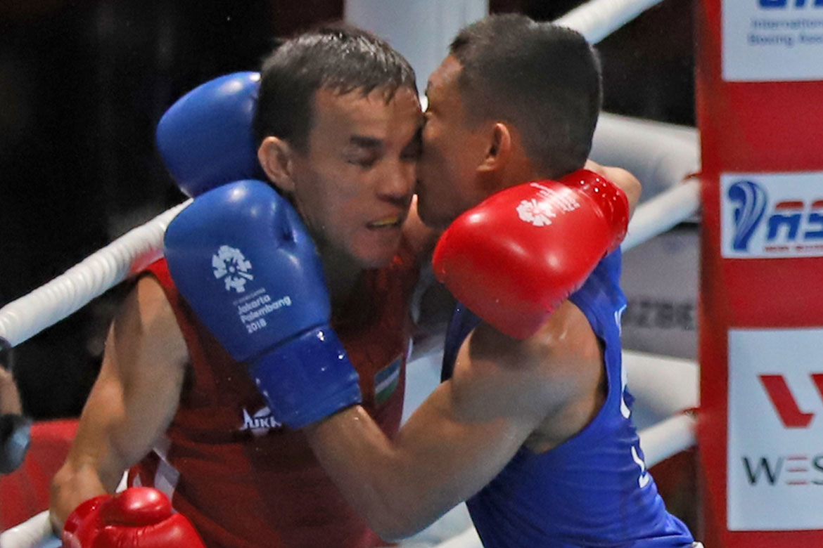 Tiebreaker Times Rogen Ladon believes headbutt received was not accidental Boxing News  Rogen Ladon Ricky Vargas 2018 Asian Games-Boxing 2018 Asian Games