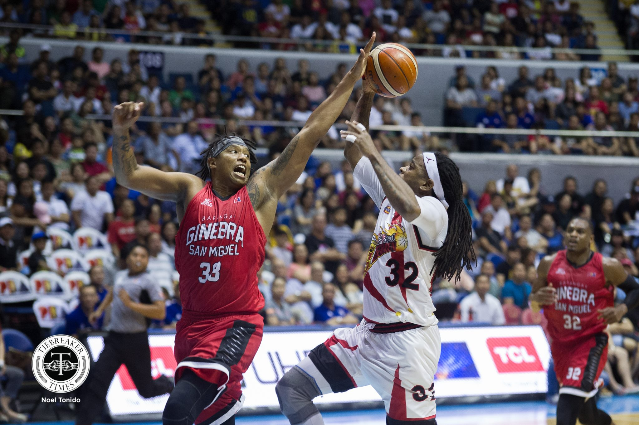 Tiebreaker Times Joe Devance continues to soldier on for Ginebra Basketball News PBA  PBA Season 43 Joe Devance Barangay Ginebra San Miguel 2018 PBA Governors Cup