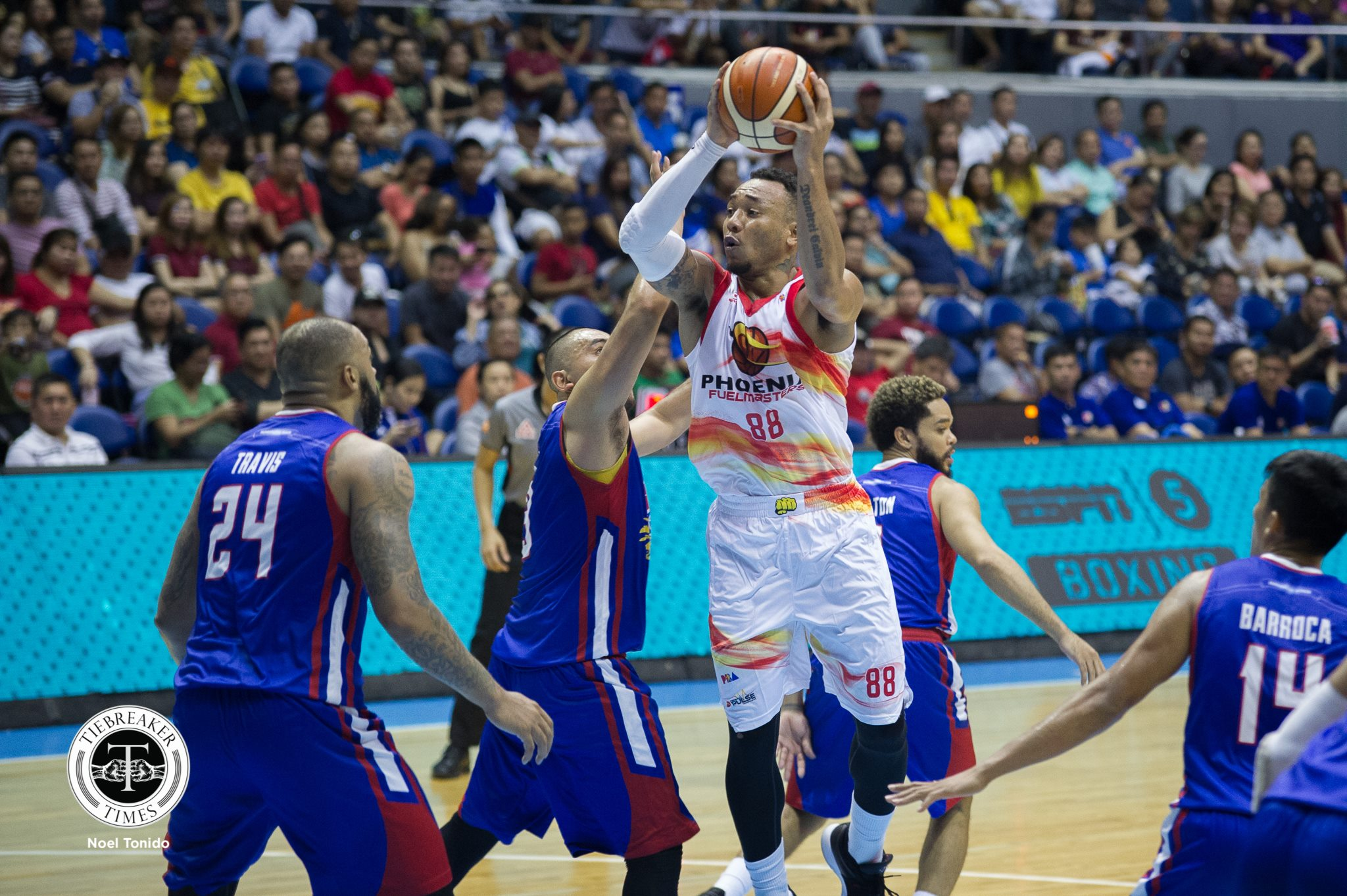 2018-pba-governors-cup-phoenix-def-magnolia-calvin-abueva Louie Alas calls on Phoenix to not rest on their laurels Basketball News PBA  - philippine sports news
