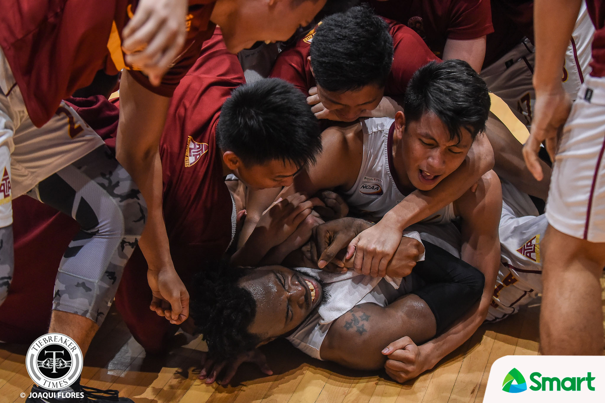 Tiebreaker Times TBT's Joaqui Flores bags two awards in NCAA Photo Contest Basketball NCAA News  NCAA Season 94 Seniors Basketball NCAA Season 94