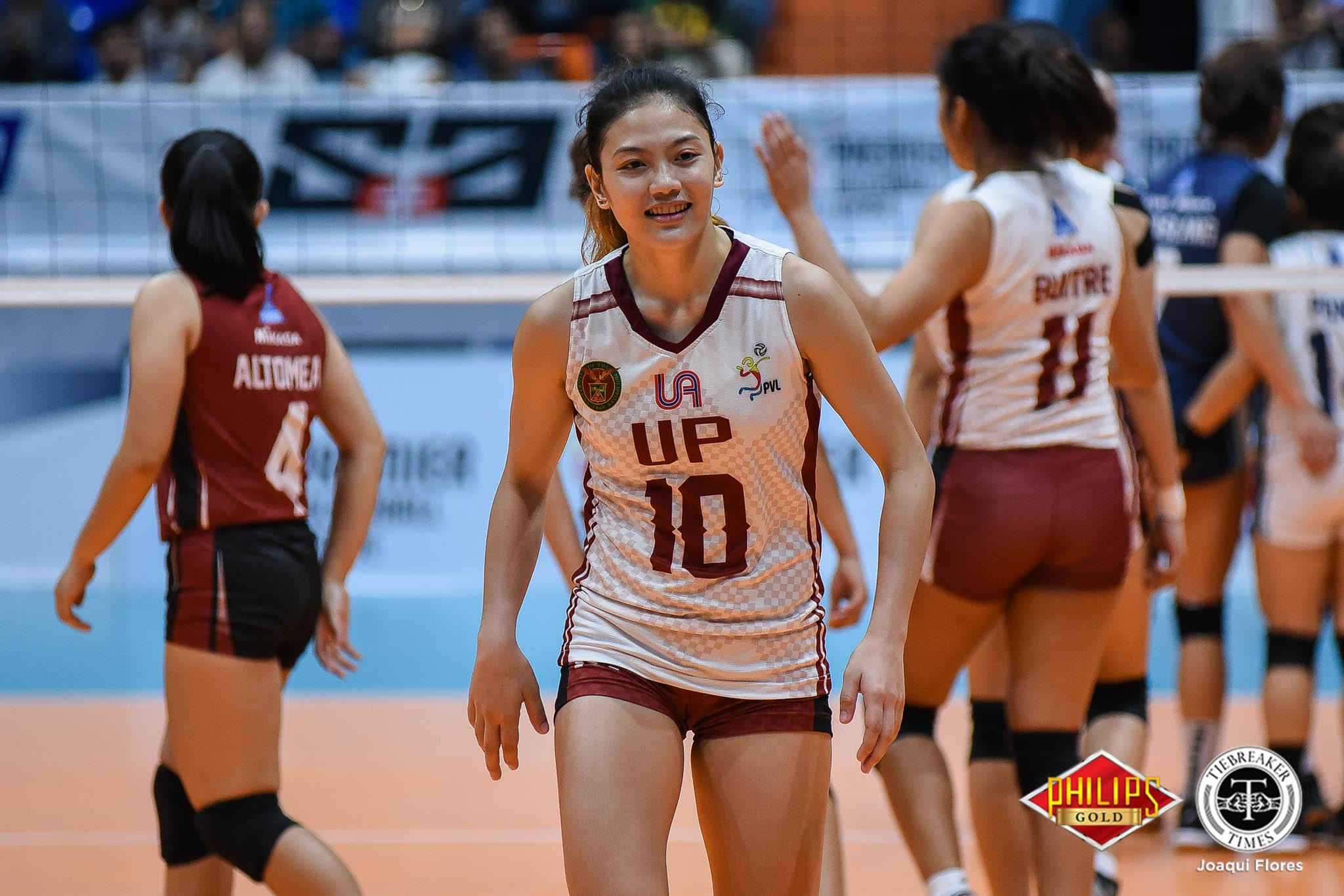 Tiebreaker Times Raucous UP crowd lifts Lady Maroons News PVL UP Volleyball  UP Women's Volleyball Isa Molde Godfrey Okumu 2018 PVL Women's Collegiate Conference 2018 PVL Season