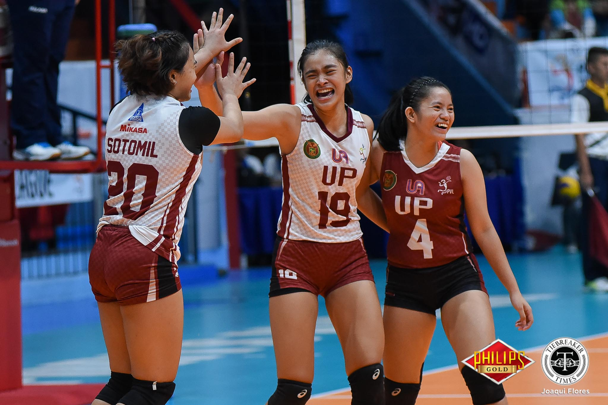 Tiebreaker Times UP storms back, gains ground on first major title in decades FEU News PVL UP Volleyball  UP Women's Volleyball Roselyn Rosier Rem Altomea Isa Molde Heather Guino-o Godfrey Okumu George Pascua FEU Women's Volleyball Celine Domingo Arielle Estranero 2018 PVL Women's Collegiate Conference 2018 PVL Season