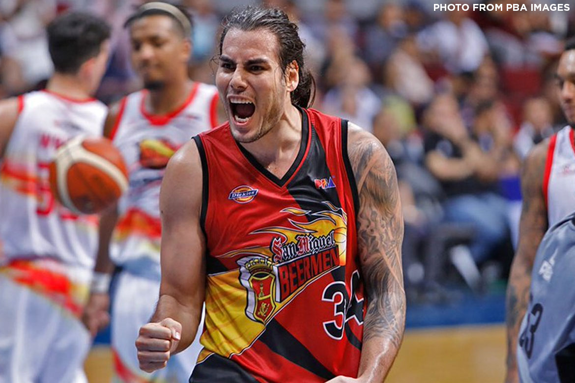 Tiebreaker Times San Miguel snaps three-game skid, blasts Phoenix in scuffle-marred game Basketball News PBA  San Miguel Beermen RJ Jazul Phoenix Fuel Masters PBA Season 43 Matthew Wright Marcio Lassiter Louie Alas Leo Austria Kevin Murphy Eugene Phelps Christian Standhardinger Calvin Abueva Alex Cabagnot 2018 PBA Governors Cup
