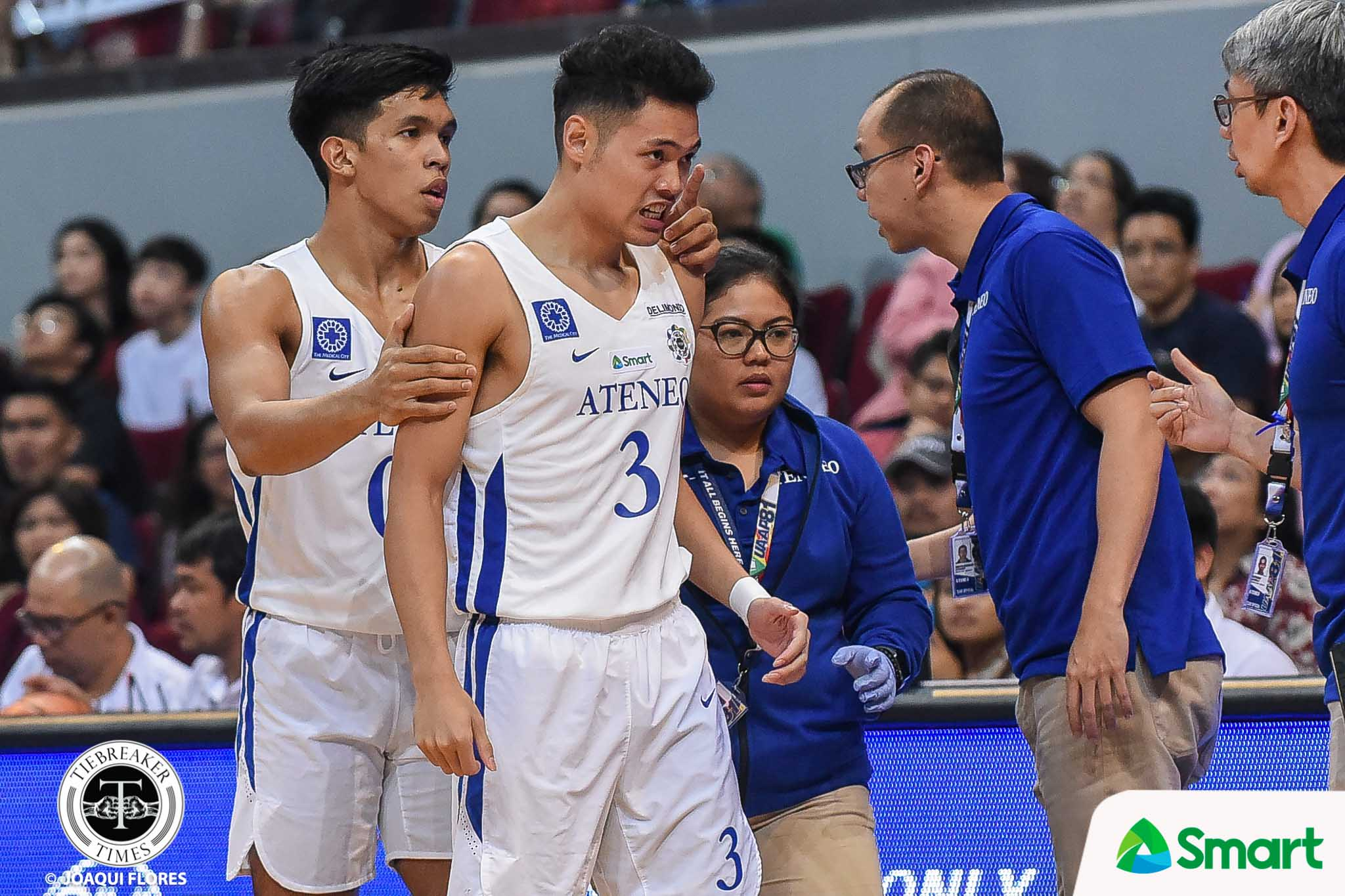 Tiebreaker Times Good thing Sandy Arespacochaga picked up Adrian Wong's tooth ADMU Basketball News UAAP  UAAP Season 81 Men's Basketball UAAP Season 81 Sandy Arespacochaga Ateneo Men's Basketball Adrian Wong