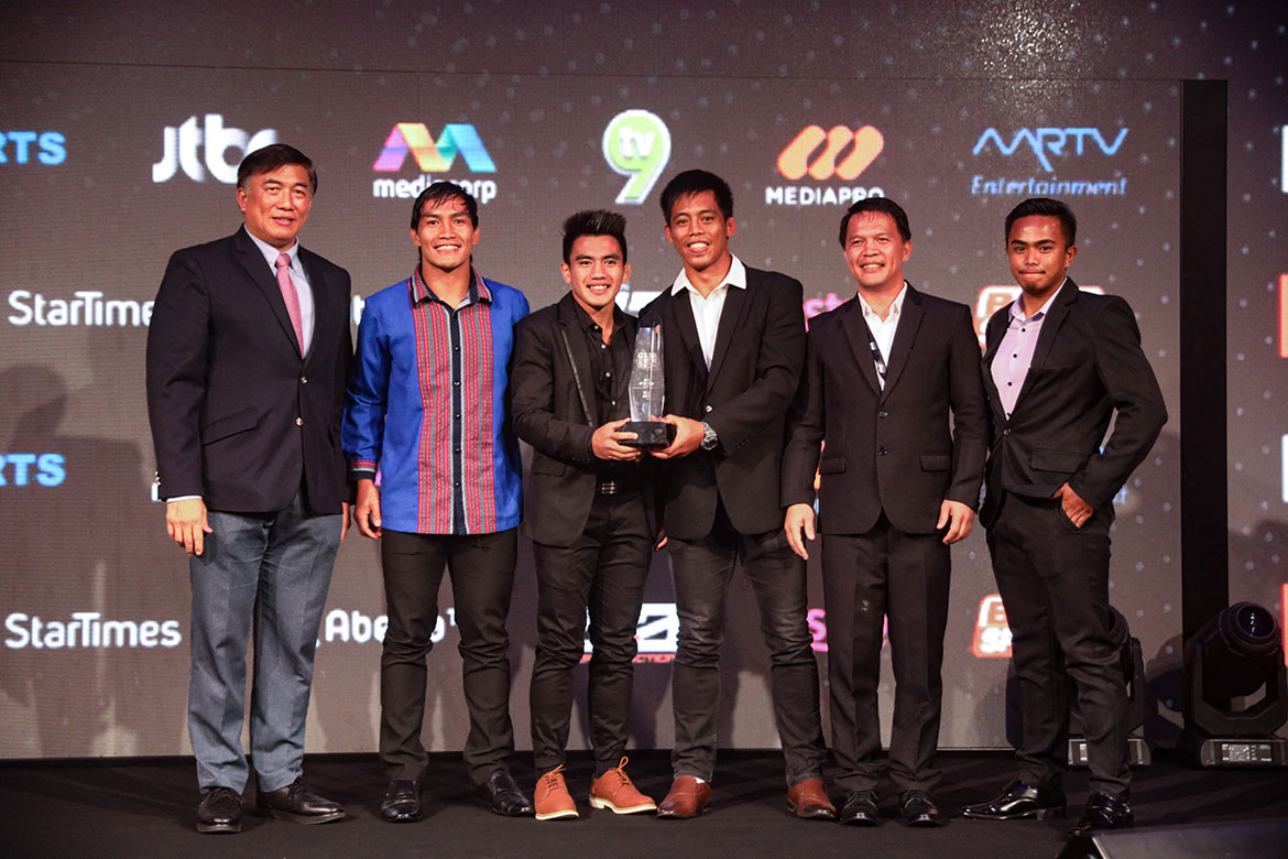 Tiebreaker Times Team Lakay crowned as Gym of the Year in Global Martial Arts awards Mixed Martial Arts News ONE Championship  Team Lakay Stamp Fairtex ONE: Kingdom of Heroes Nong-O Gaiyanghadao Joshua Pacio Eduard Folayang Aung La N Sang Angela Lee 2018 GLobal Martial Arts Awards