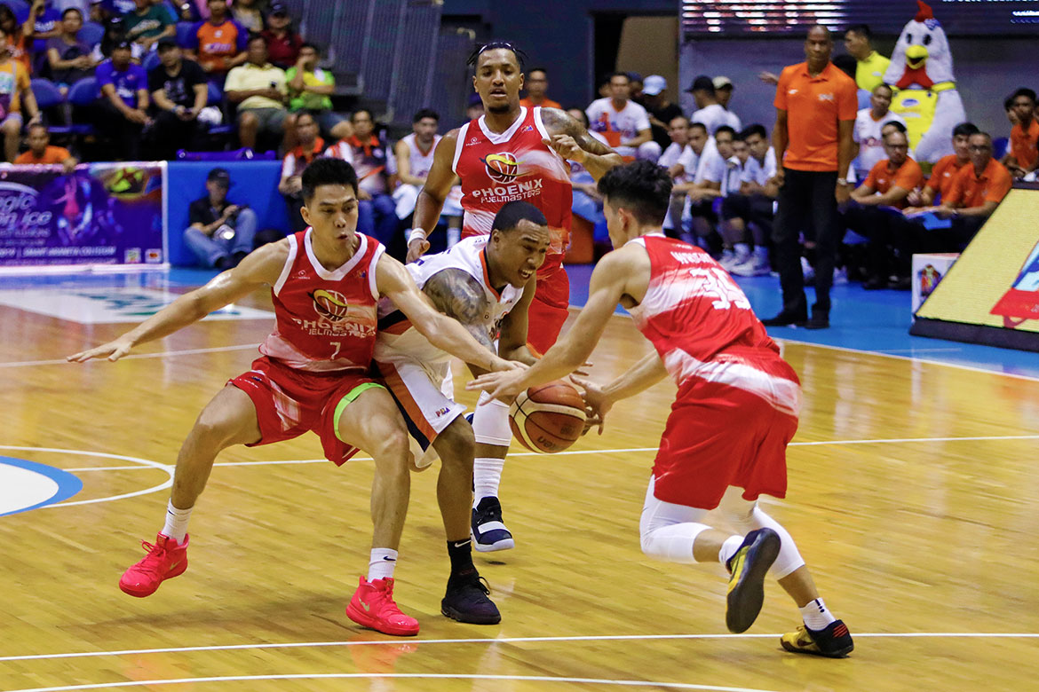 Tiebreaker Times Chris Newsome says Finals experience proved to be the difference against Phoenix Basketball News PBA  PBA Season 43 Meralco Bolts Chris Newsome 2018 PBA Governors Cup