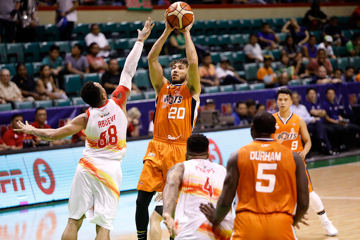Tiebreaker Times As Cliff Hodge got hurt, Jared Dillinger makes unexpected return Basketball News PBA  PBA Season 43 Norman Black Meralco Bolts Jared Dillinger 2018 PBA Governors Cup